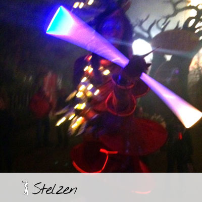 Stelzen Swinging